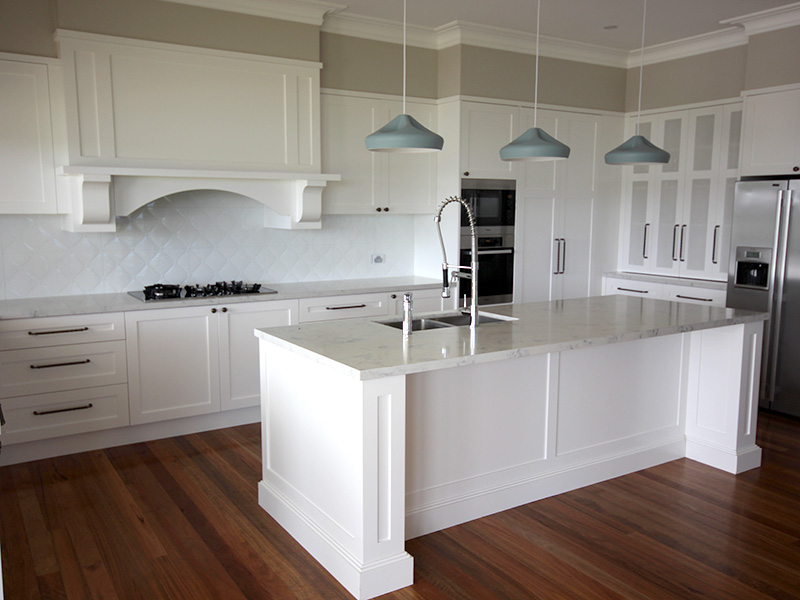 Highland Kitchens - Hampton kitchen makes the most of natural light