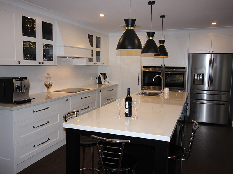 Highland Kitchens - Black and white style for a Country kitchen