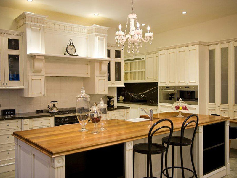 Highland Kitchens - A true to type French Provincial kitchen