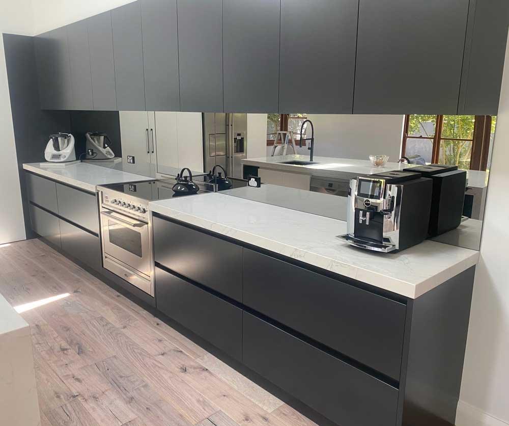 Highland Kitchens - Stylish two toned Contemporary Kitchen